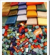 Два вида плитки: мозаика и смальта